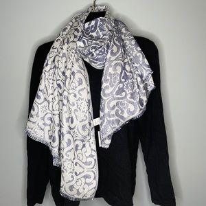 NWT Cleo steel blue white metallic rayon blend pattern rectangular scarf wrap